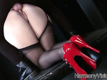 Hot English babe with solid booty Paige Turnah in steamy porn